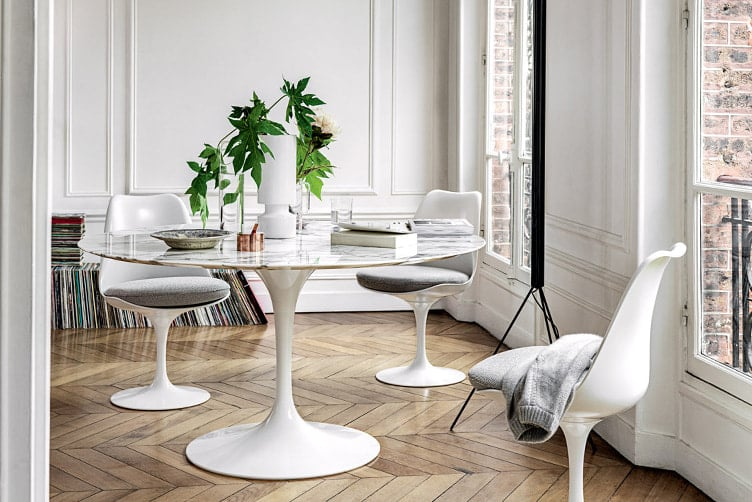 Saarinen Collection Round Tables エーロ・サーリネン チューリップテーブル