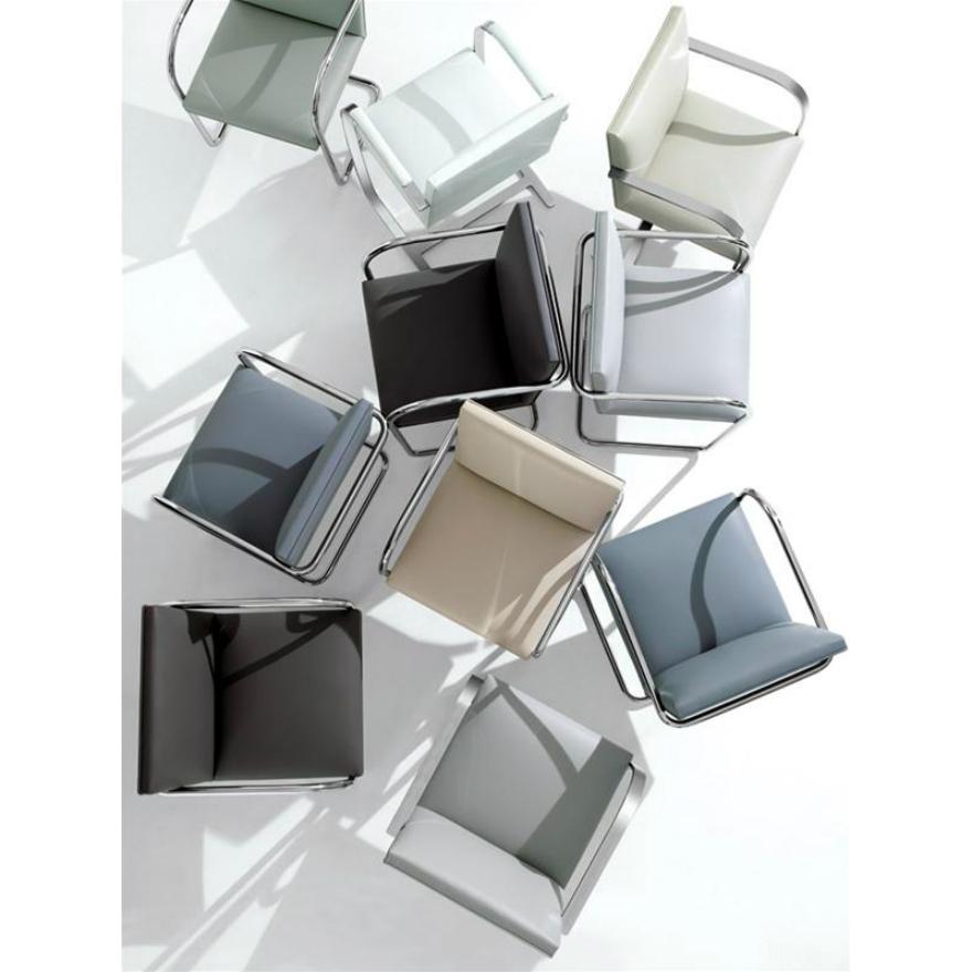 Mies van der Rohe Collection Brno armchair flat bar