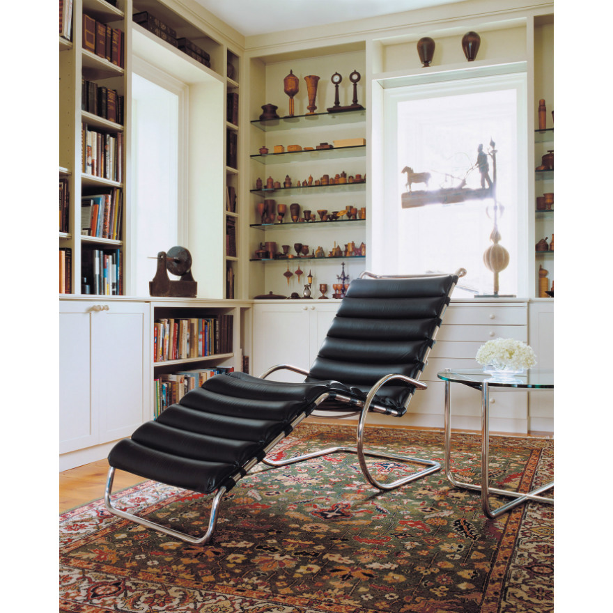 Mies van der Rohe Collection MR adjustable chaise Lounge